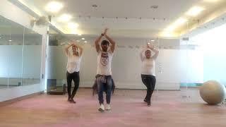 Bollywood Zumba dance Holi Balam Pichkari Bollywood song