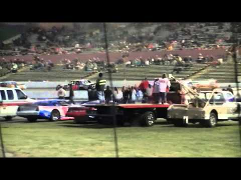 Tyler Cordell & Kevin Rollins Superstock Race Fairgrounds Speedway Nashville 4-2-16
