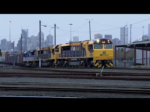 Melbourne to Brisbane Freight Train departs Dynon - Australian Trains & Railroads