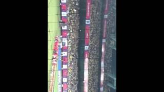 Kerala blasters Mexican wave at isl kochi
