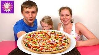 Челлендж не урони ПИЦЦУ Развивающая детская игра для всей семьи Challenge not drop PIZZA