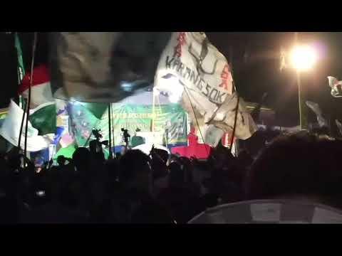 Jaran goyang versi sholawat Jaljalut Indonesia di Padepokan pencak silat Pagar Nusa Trenggalek
