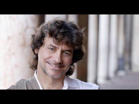 SuperQuark, Alberto Angela parla in francese e il pubblico va in delirio