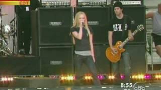 Avril Lavigne -  Sk8er Boi Live 2005