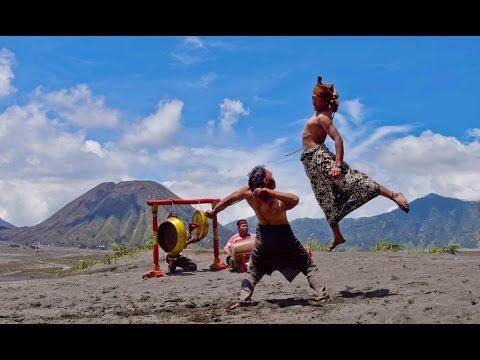 ojung-culture-of-bromo-tengger-semeru-probolinggo-indonesia