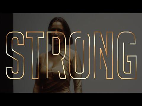 Catarina Clau - Strong mp3 baixar