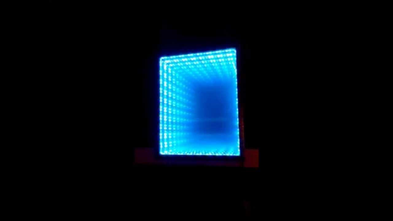 Un effet miroir infini de d co li un equaliseur de for Miroir youtube