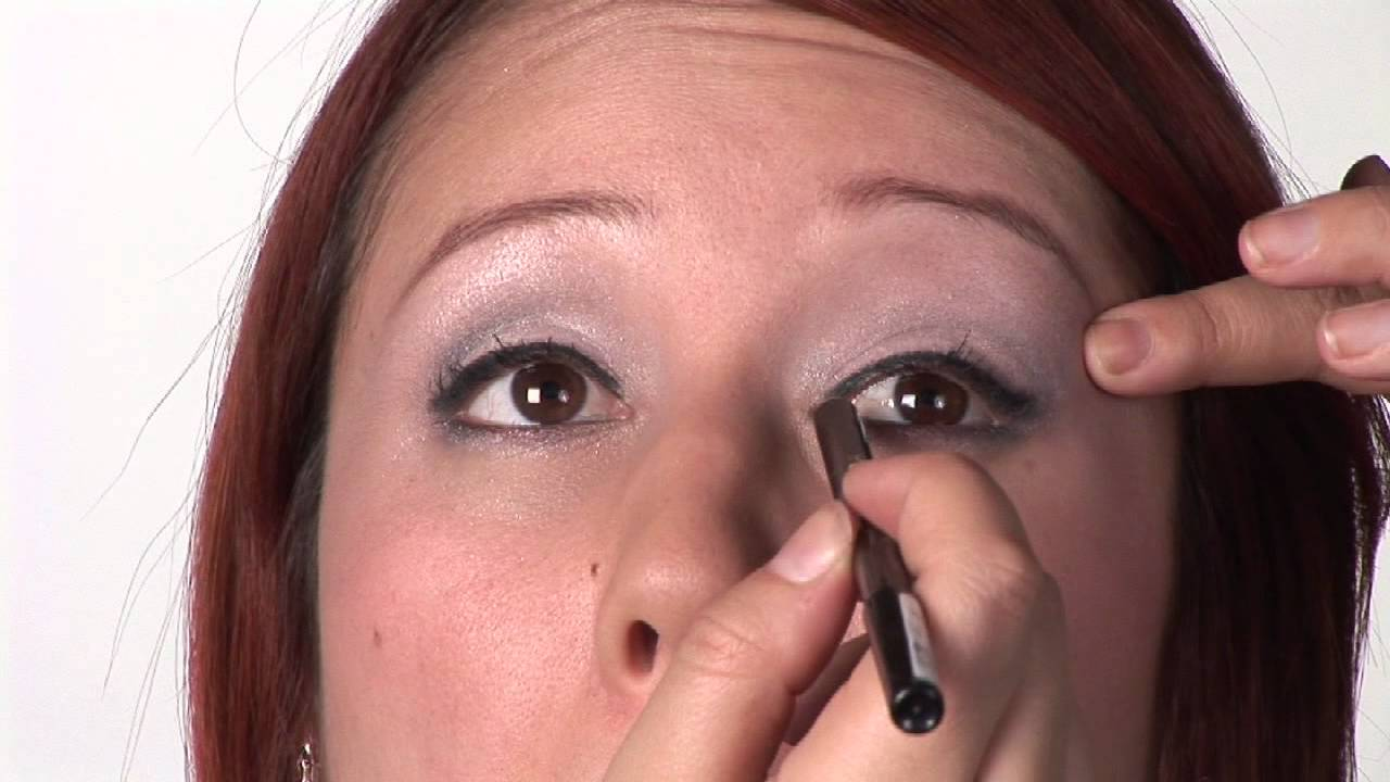 Almondshaped Eyes Makeup Advice : How To Apply Eyeliner To Eyes: Almondshaped  Eyes