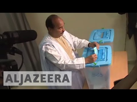 Mauritania referendum: Counting under way in controversial vote