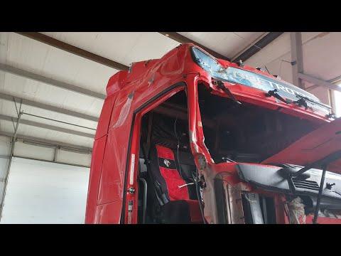 Volvo ремонт кабины ПО ДЕШМАНУ донор Нам в помощь . Кузовной ремонт грузовиков