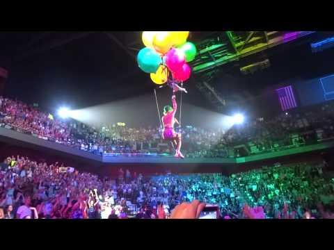 "Katy Perry - ""Birthday"" Mohegan Sun 7.7.14"