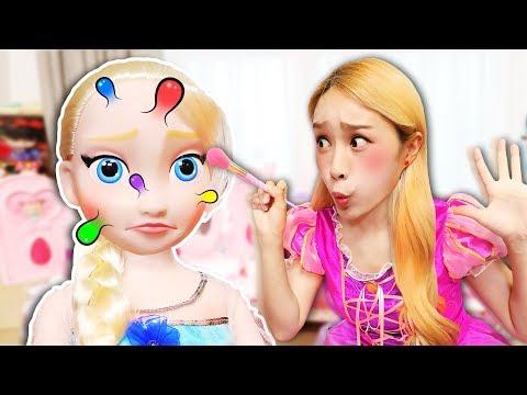 Big pimple on Elsa's face!