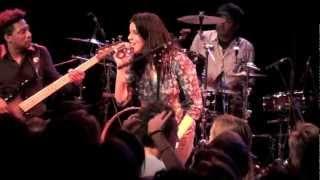 Souad Massi - Mi Wawa, Ilham & Amessa - Live in Munich (7 / 13)