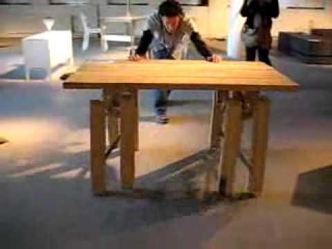 Tavolo con gambe vere di legno youtube - Tavolo con cassette di legno ...