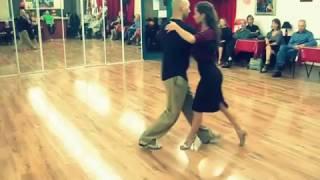 Mauricio Borgarello y Marie-Elodie Vattoux - Tango argentino - Ochos adelante y sacadas