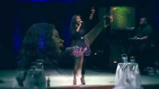 AMAZING GOD (Live)