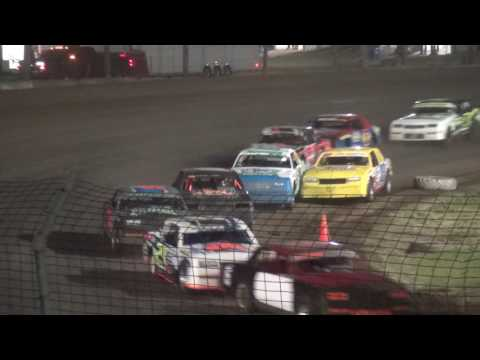 USRA Hobby Stock feature Upper Iowa Speedway 5/28/17