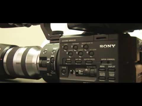 Sony NEX FS100 NXCAM Super 35mm Exmor Sensor Camcorder