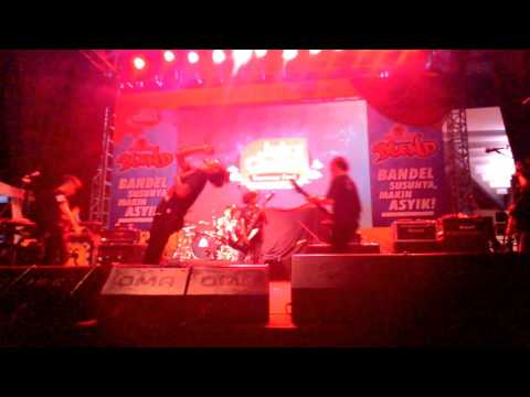 DEAD WITH FALERA  - Ambigu (Live At.Jakcloth Summer 4 mei 2016)