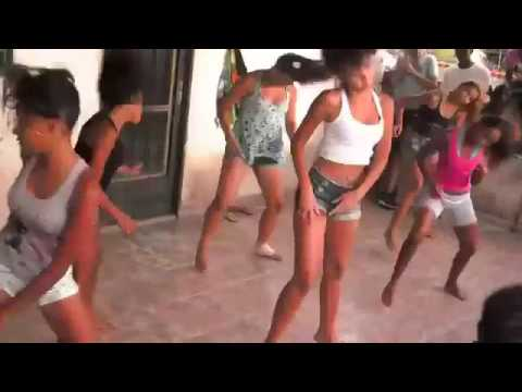 Meninas Dançando Funk (Meme