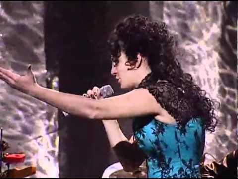 видео: Елена Ваенга - Курю - Первое исполнение!