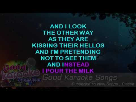 Tom's Diner -  Suzanne Vega (Lyrics Karaoke) [ goodkaraokesongs.com ]