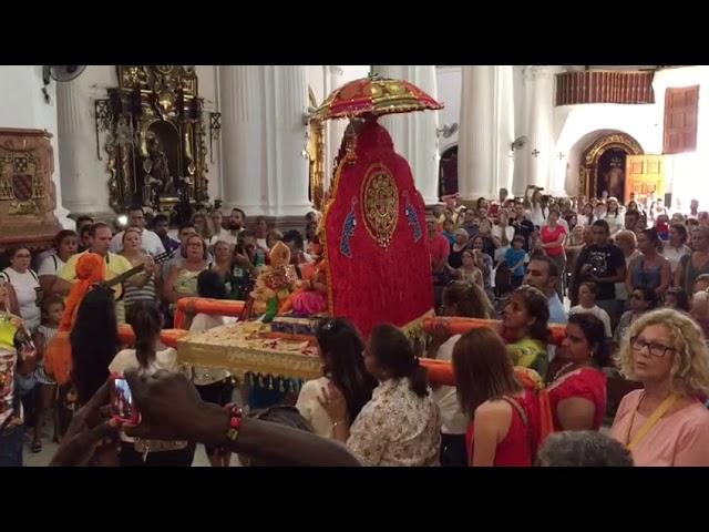 """La Comunidad Hindú, con """"respeto, devoción y fe"""", ante la Patrona de Ceuta"""