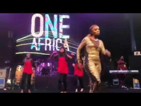 Tiwa Savage Robo Ske Ske Performance In Dubai | One Africa Music Fest 2017 (Watch Now)