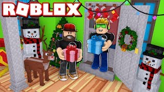 DECORATING MY HOUSE FOR CHRISTMAS WITH MY DAD in ROBLOX BLOXBURG