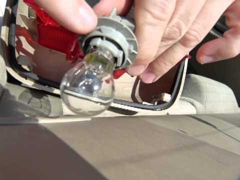 Center brake light bulb change - no tools