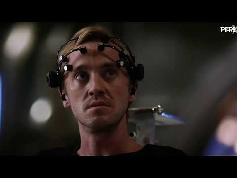 Team Flash talk to Savitar   3x9 & 3x15
