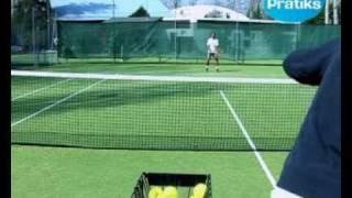 Comment faire le revers à une main au tennis - sport