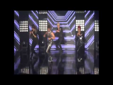 S4 - She is my girl (eng ver) LIVE @ MU:CON SEOUL 2012 (HD)