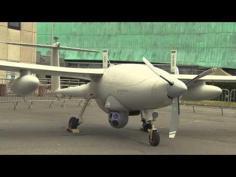 Robots & UAVs