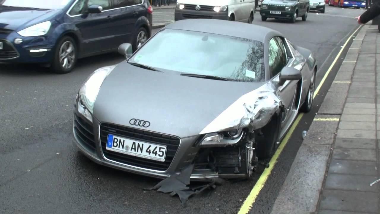 Chrome Audi R8 Crash In London Youtube