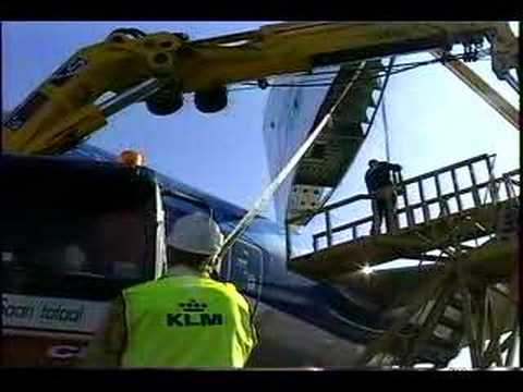 BOEING 747 VERTICAL STABILIZER RE-ASSEMBLING