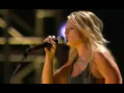Miranda Lambert - Gunpowder & Lead (Live)
