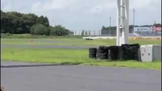 FT30のクランキングから走行までです。その他の詳細は、http://jota-gar...