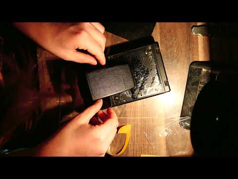 Replacing the leather of an old Polaroid SX-70