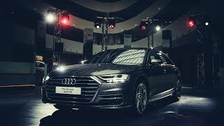 2018 Audi A8 L: Exterior, interior. Special features guide