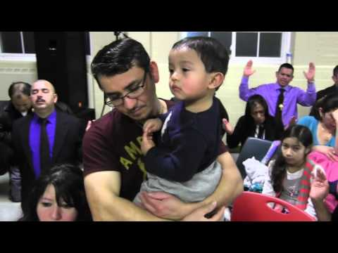 """P.José E Hoyos""""Adoración Eucaristica de la Divina Misericordia""""Iglesia ST James. Falls church, VA"""