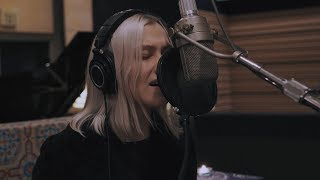 Phoebe Bridgers + Noah & Abby Gundersen - Killer + The Sound