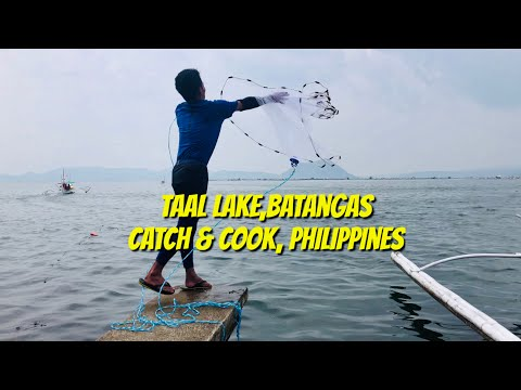TAAL LAKE AWESOME TRADITIONAL FISHING, SPEARFISHING, (CATCH & COOK) ON THE WILD @ PHILIPPINES !!