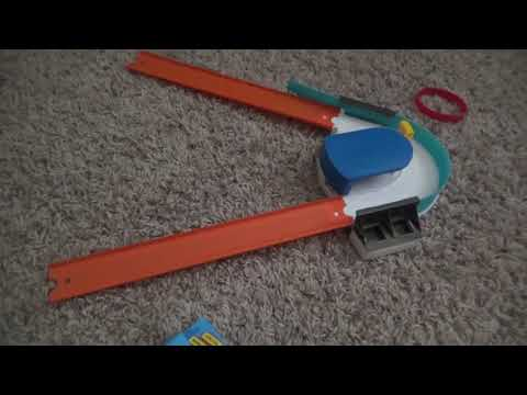 Hot wheels track builder custom curve kicker review