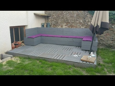 tuto salon de jardin en palettes youtube. Black Bedroom Furniture Sets. Home Design Ideas