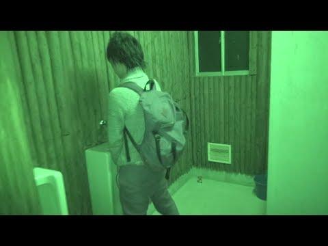 幽霊の出る曰くつきのトイレで小便してみた