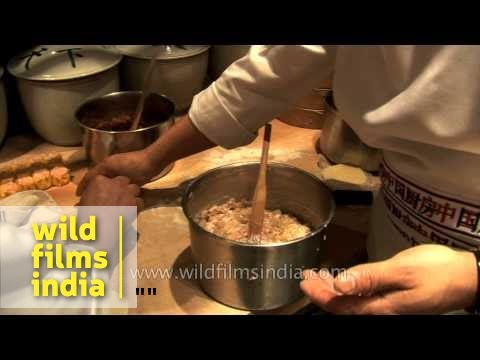 chefs-preparing-dim-sum-at-hotel-park,-delhi
