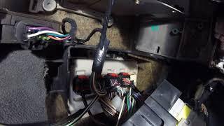 Как вытянуть Блок управления ECU Chrysler Dodge / How to pull out the ECU Control Unit