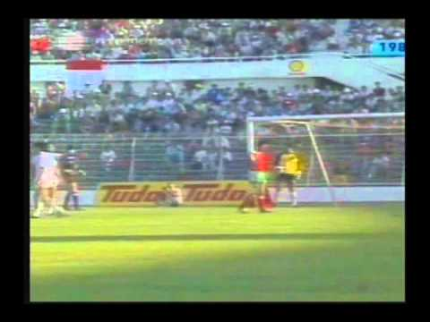 1985 (October 12) Portugal 3-Malta 2 (World Cup Qualifier).avi