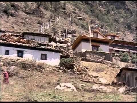 27 - Nepal, Sherpa & Kathmandu; date unknown. Colour, silent